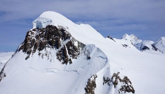 Breithorn – Skihochtour & Skifahren in Zermatt & Anastasia – Unplugged Zermatt